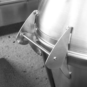 Caliber Pro Stainless Steel Kamado